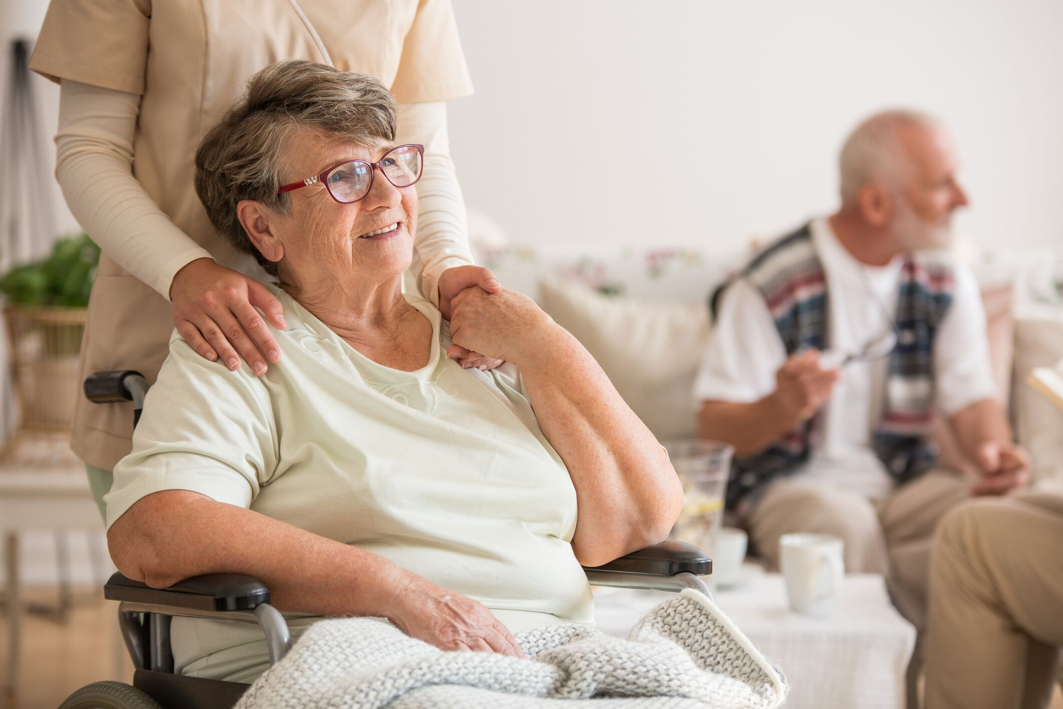 Signs to Consider Before Choosing Senior Care